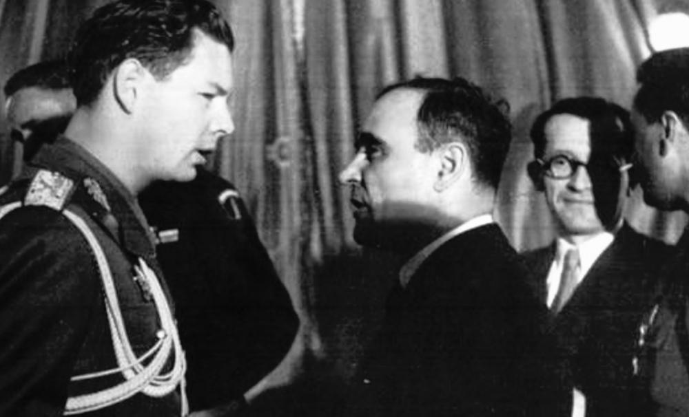 70 de ani de stat paralel. Articol de Alin-Valentin Borcea